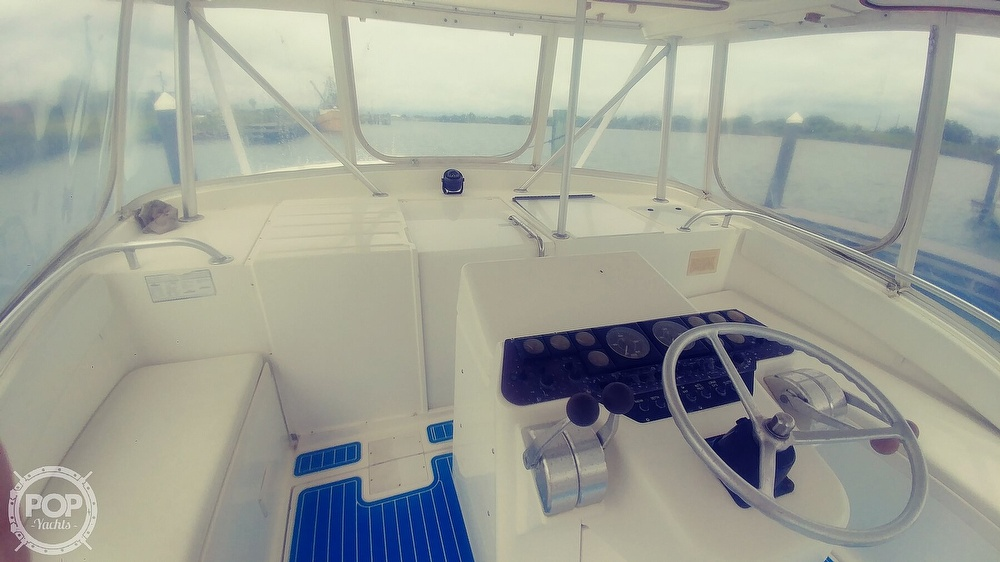 1993 Luhrs boat for sale, model of the boat is 380 Tournament & Image # 25 of 40