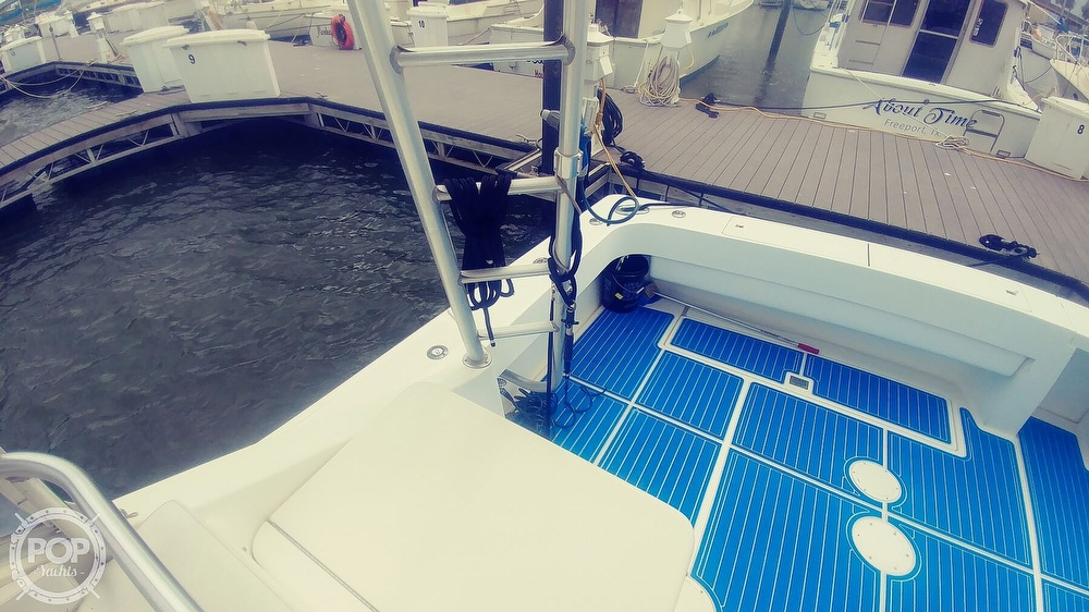 1993 Luhrs boat for sale, model of the boat is 380 Tournament & Image # 37 of 40
