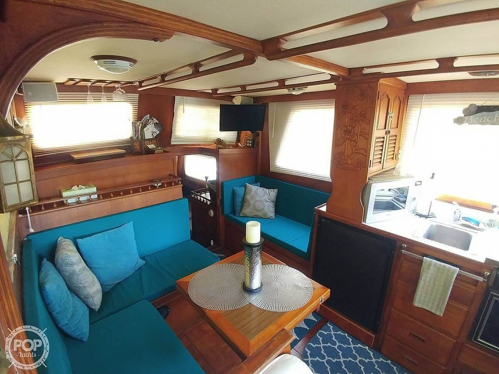 1980 Marine Trader boat for sale, model of the boat is 34 DC & Image # 5 of 40