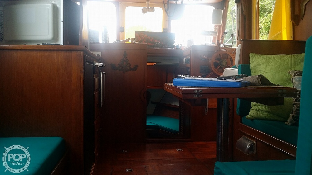 1980 Marine Trader boat for sale, model of the boat is 34 DC & Image # 10 of 40