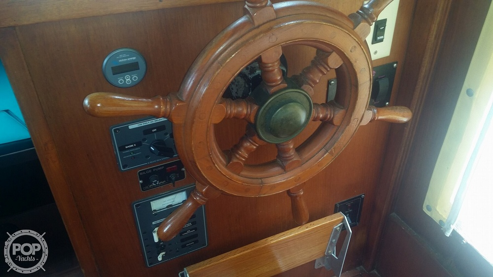 1980 Marine Trader boat for sale, model of the boat is 34 DC & Image # 16 of 40