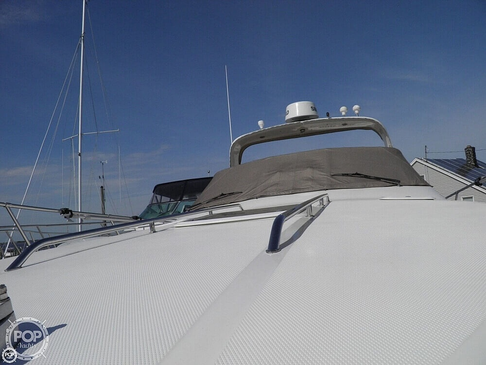 1999 Sea Ray boat for sale, model of the boat is 310 Sundancer & Image # 8 of 40