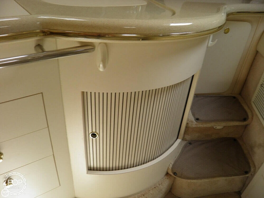 1999 Sea Ray boat for sale, model of the boat is 310 Sundancer & Image # 12 of 40