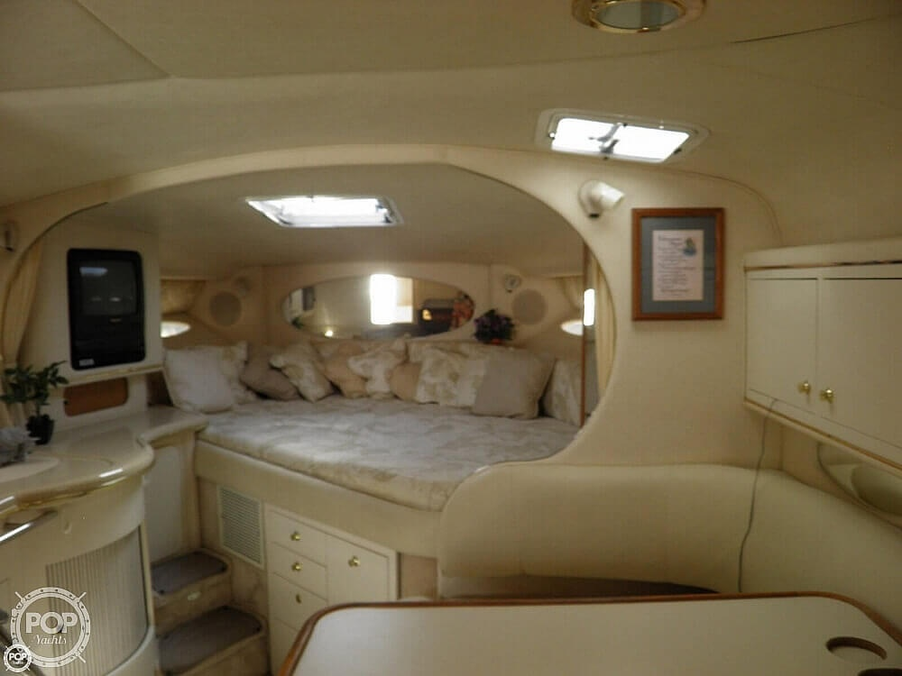 1999 Sea Ray boat for sale, model of the boat is 310 Sundancer & Image # 19 of 40
