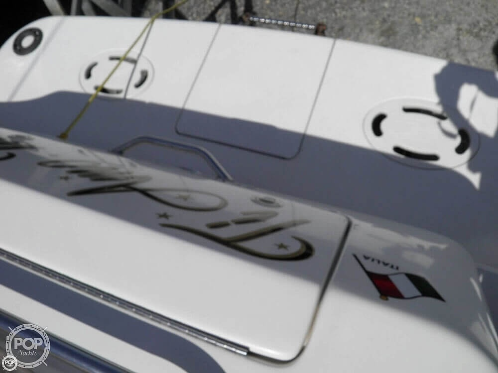 1999 Sea Ray boat for sale, model of the boat is 310 Sundancer & Image # 28 of 40