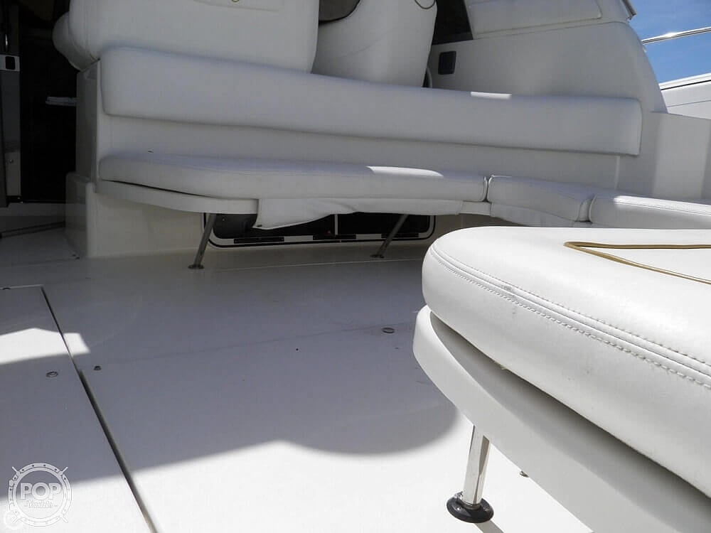 1999 Sea Ray boat for sale, model of the boat is 310 Sundancer & Image # 39 of 40
