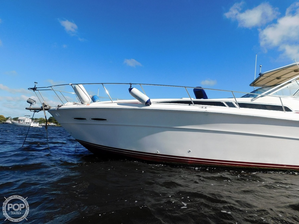 1985 Sea Ray boat for sale, model of the boat is 390 Express Cruiser & Image # 12 of 40
