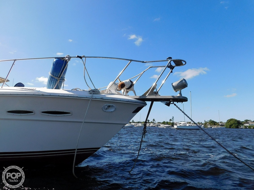 1985 Sea Ray boat for sale, model of the boat is 390 Express Cruiser & Image # 18 of 40