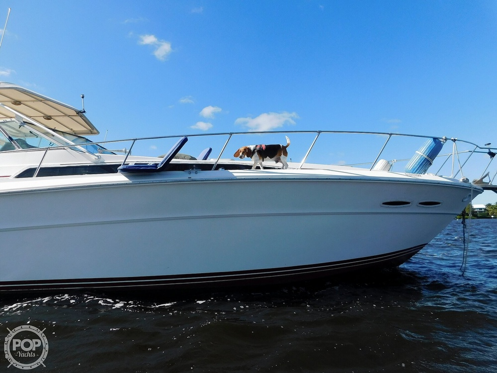 1985 Sea Ray boat for sale, model of the boat is 390 Express Cruiser & Image # 19 of 40