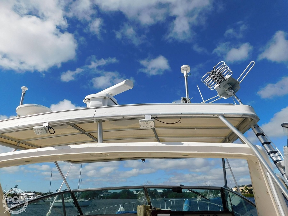 1985 Sea Ray boat for sale, model of the boat is 390 Express Cruiser & Image # 6 of 40