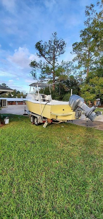 1981 Grady-White boat for sale, model of the boat is 22 & Image # 4 of 6