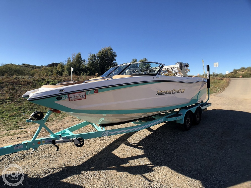 2019 Mastercraft boat for sale, model of the boat is XT22 & Image # 24 of 40