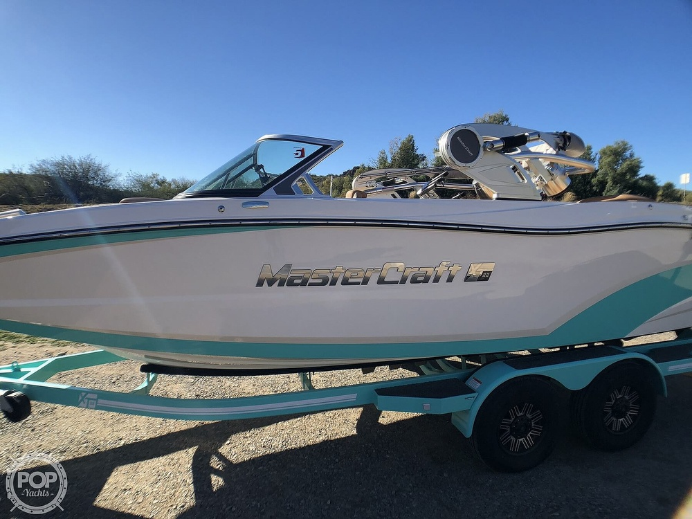 2019 Mastercraft boat for sale, model of the boat is XT22 & Image # 26 of 40