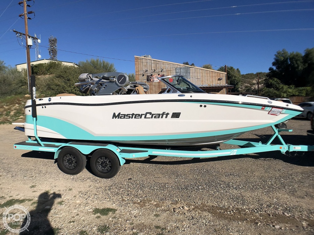 2019 Mastercraft boat for sale, model of the boat is XT22 & Image # 38 of 40