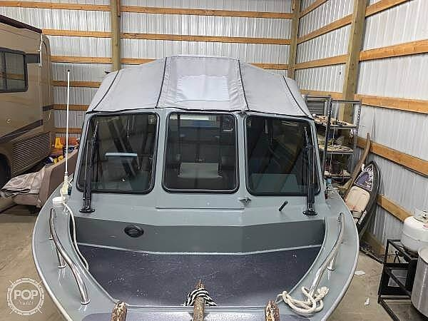 2005 North River boat for sale, model of the boat is Commander 24 & Image # 10 of 40