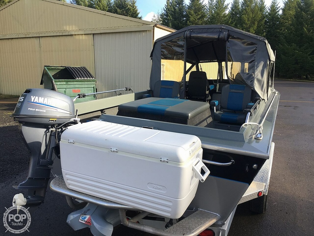 2005 North River boat for sale, model of the boat is Commander 24 & Image # 14 of 40