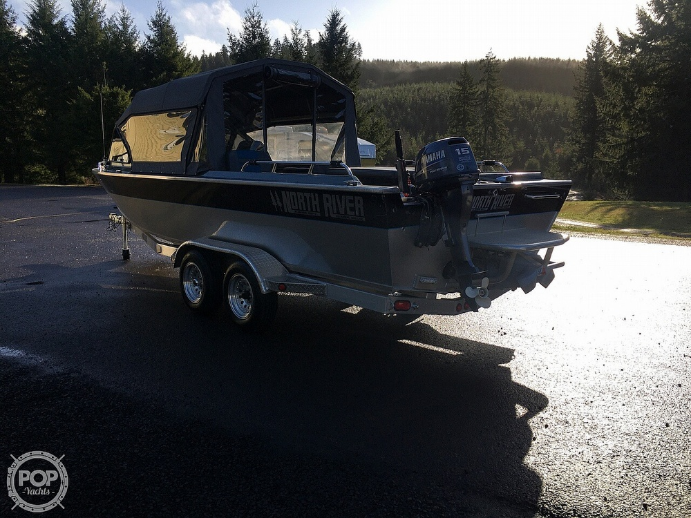 2005 North River boat for sale, model of the boat is Commander 24 & Image # 3 of 40