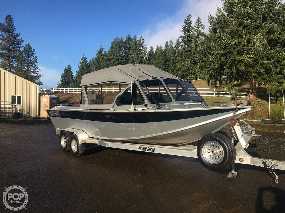 2005 North River boat for sale, model of the boat is Commander 24 & Image # 8 of 40