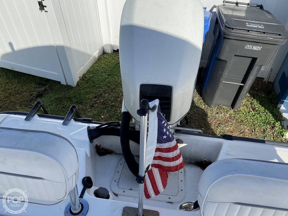 2000 Boston Whaler boat for sale, model of the boat is 18 Dauntless & Image # 20 of 40