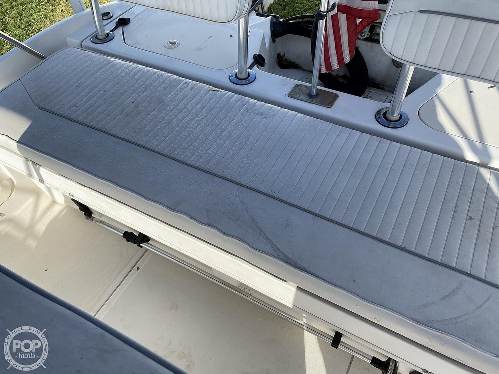 2000 Boston Whaler boat for sale, model of the boat is 18 Dauntless & Image # 23 of 40