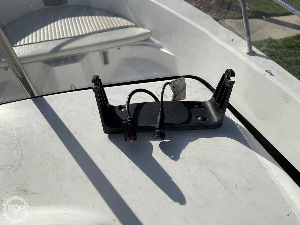 2000 Boston Whaler boat for sale, model of the boat is 18 Dauntless & Image # 38 of 40