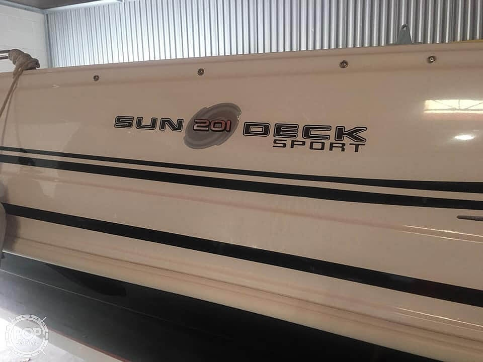 2015 Hurricane boat for sale, model of the boat is 201 Sun Deck Sport & Image # 6 of 41