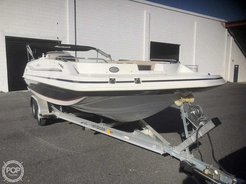2015 Hurricane boat for sale, model of the boat is 201 Sun Deck Sport & Image # 11 of 41