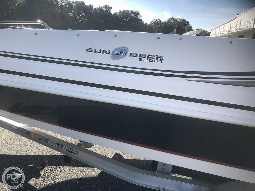 2015 Hurricane boat for sale, model of the boat is 201 Sun Deck Sport & Image # 20 of 41