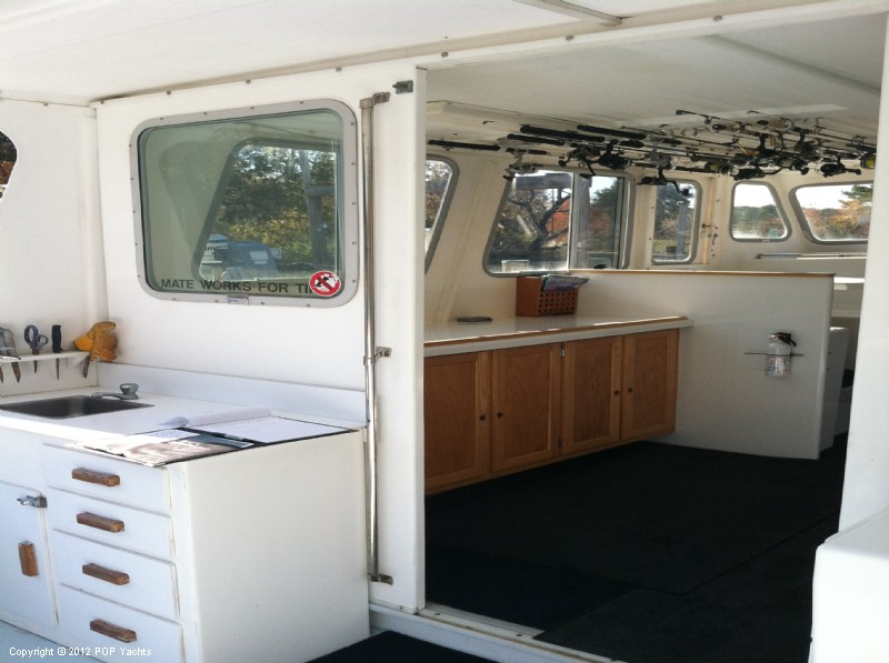 2004 Provincial boat for sale, model of the boat is 42 Extended Cabin & Image # 12 of 40
