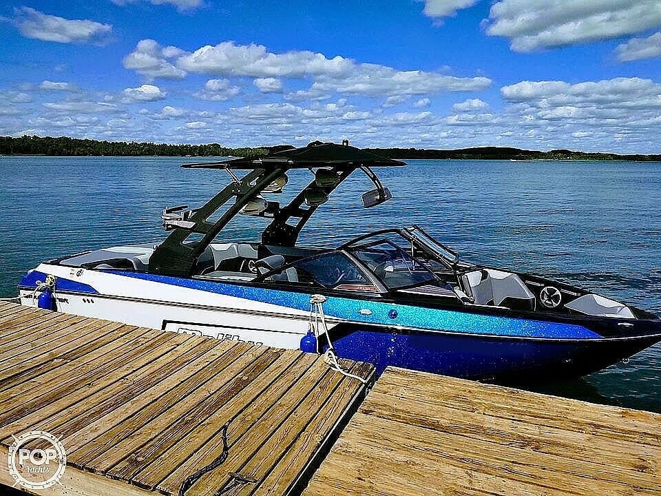 2019 Malibu boat for sale, model of the boat is Wakesetter 23 LSV & Image # 2 of 6