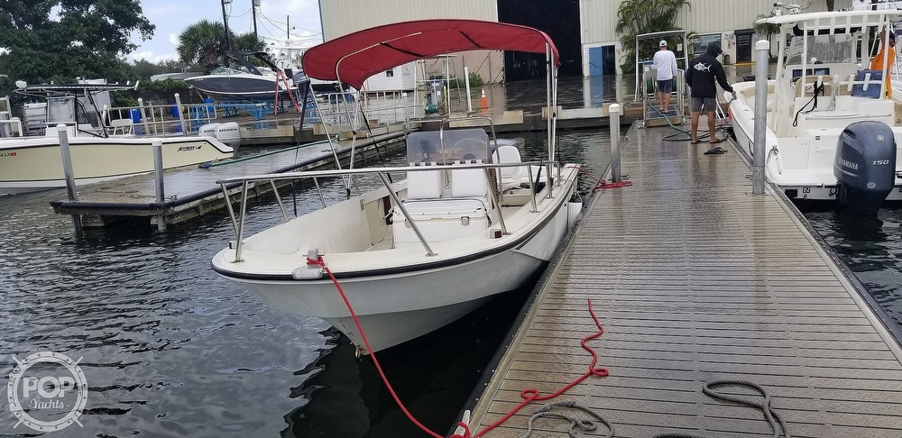 1989 Boston Whaler boat for sale, model of the boat is 22 Outrage & Image # 4 of 40