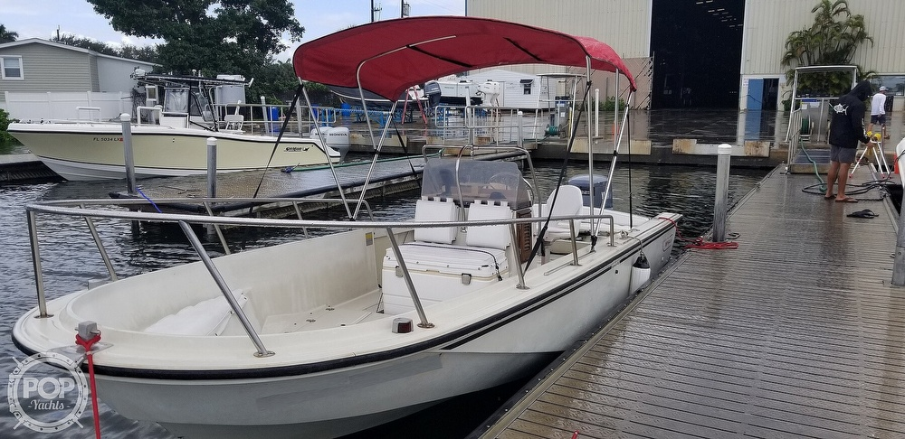 1989 Boston Whaler boat for sale, model of the boat is 22 Outrage & Image # 5 of 40
