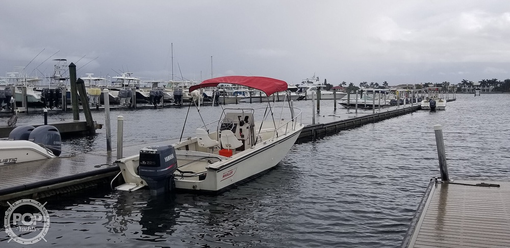 1989 Boston Whaler boat for sale, model of the boat is 22 Outrage & Image # 13 of 40