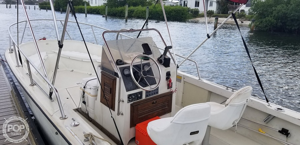 1989 Boston Whaler boat for sale, model of the boat is 22 Outrage & Image # 15 of 40