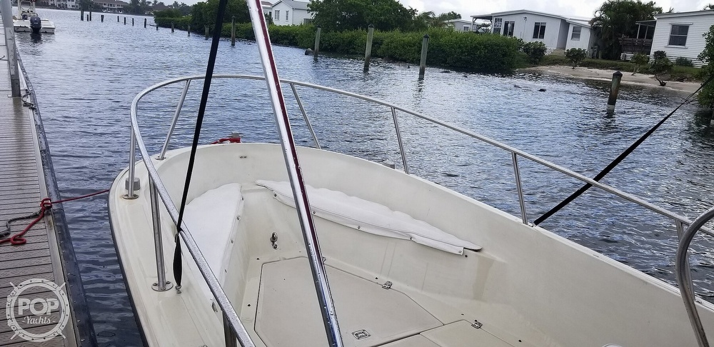 1989 Boston Whaler boat for sale, model of the boat is 22 Outrage & Image # 16 of 40