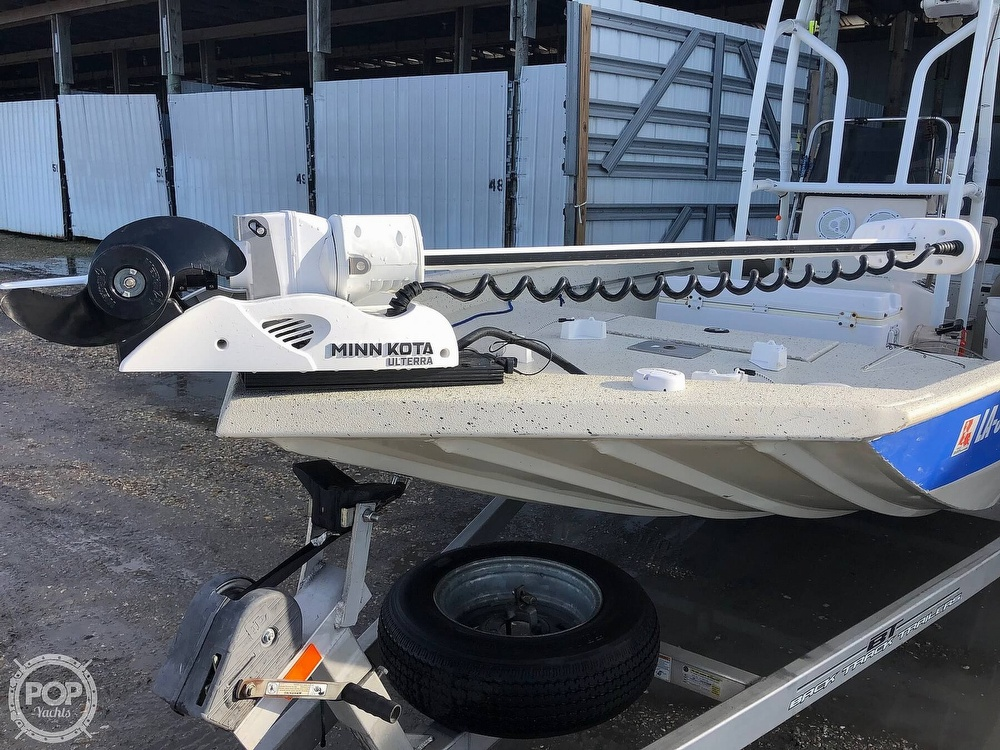 2012 Xpress boat for sale, model of the boat is H20B & Image # 9 of 23