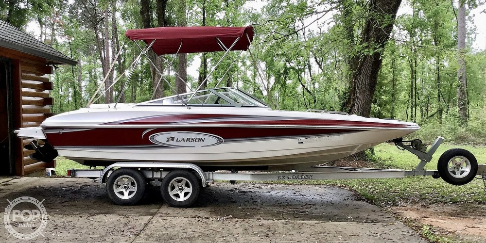 2009 Larson boat for sale, model of the boat is 204 Escape & Image # 2 of 40