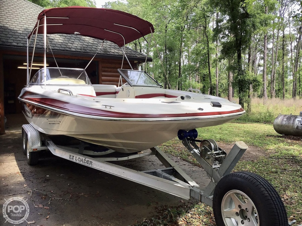 2009 Larson boat for sale, model of the boat is 204 Escape & Image # 15 of 40