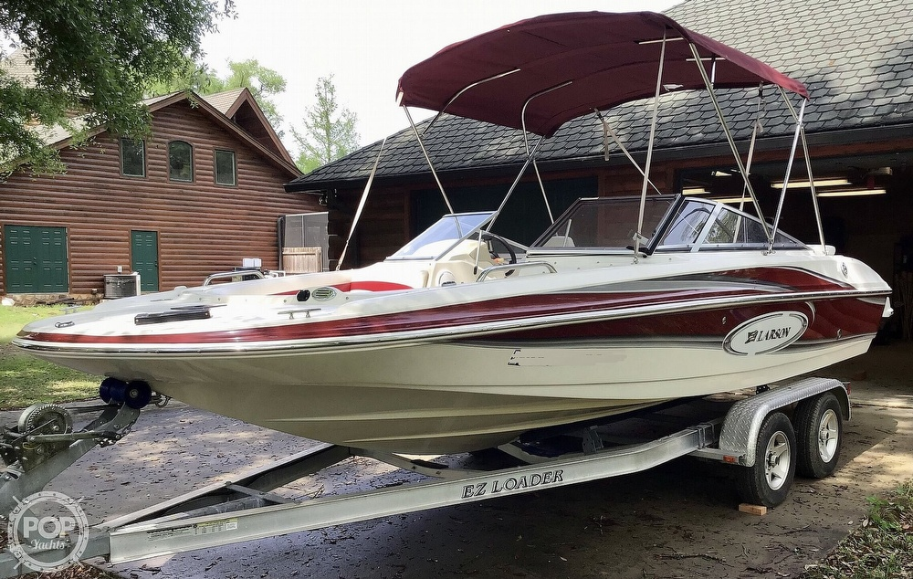 2009 Larson boat for sale, model of the boat is 204 Escape & Image # 7 of 40