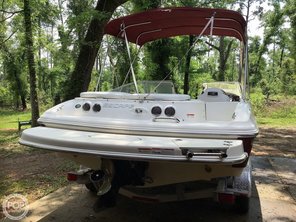 2009 Larson boat for sale, model of the boat is 204 Escape & Image # 24 of 40
