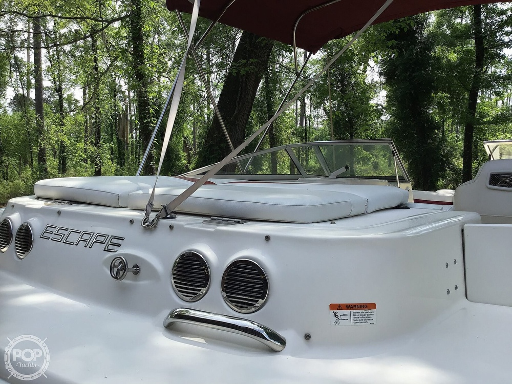 2009 Larson boat for sale, model of the boat is 204 Escape & Image # 29 of 40
