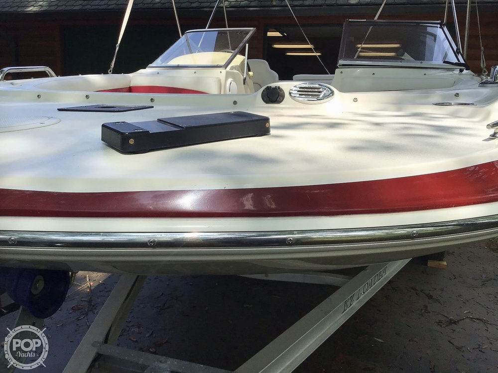 2009 Larson boat for sale, model of the boat is 204 Escape & Image # 30 of 40
