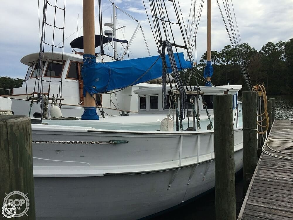 1997 Corsair Custom boat for sale, model of the boat is 48 & Image # 27 of 40