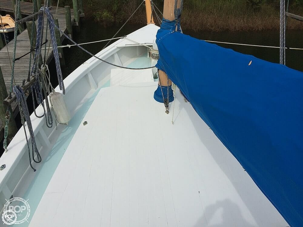 1997 Corsair Custom boat for sale, model of the boat is 48 & Image # 31 of 40