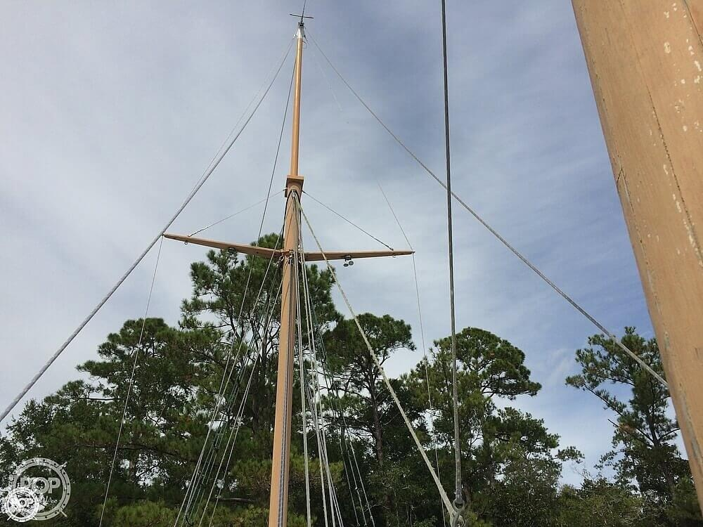 1997 Corsair Custom boat for sale, model of the boat is 48 & Image # 36 of 40