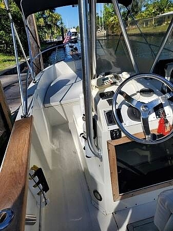 1980 Robalo boat for sale, model of the boat is 23 Center Console & Image # 3 of 40