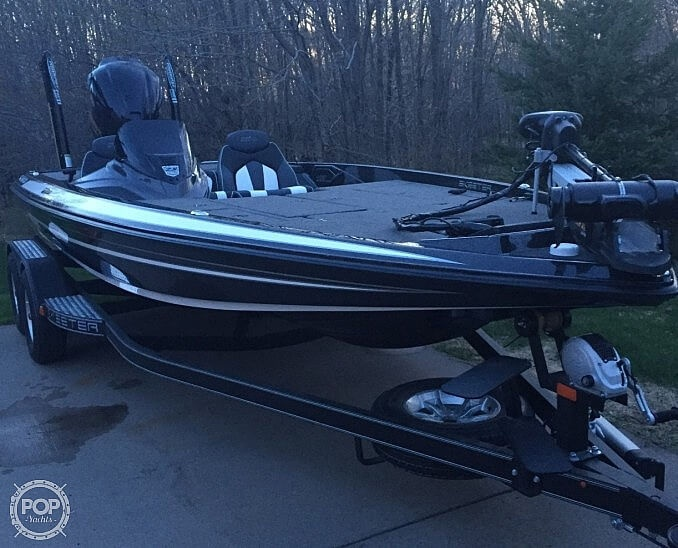 2018 Skeeter boat for sale, model of the boat is Zx225 & Image # 2 of 4