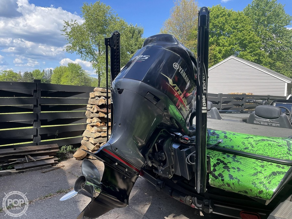2018 Skeeter boat for sale, model of the boat is ZX225 & Image # 2 of 40