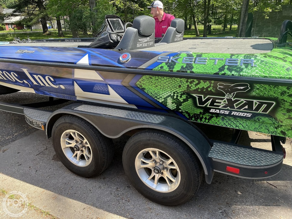 2018 Skeeter boat for sale, model of the boat is ZX225 & Image # 14 of 40