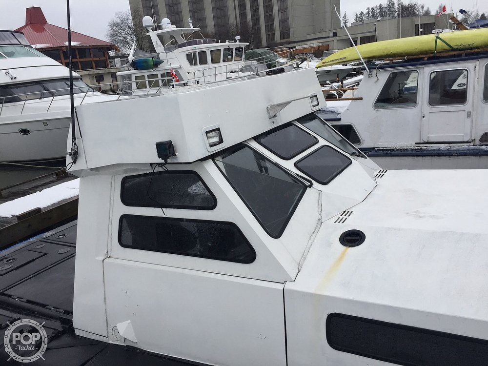1996 US Boatworks boat for sale, model of the boat is 39 & Image # 7 of 40